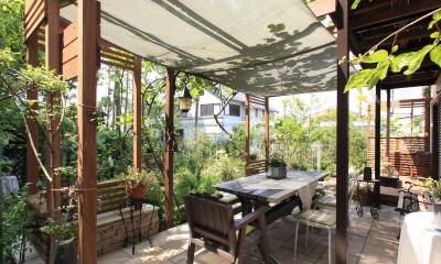 川崎市M邸:花と緑を楽しむガーデンデザイン (美しい庭)