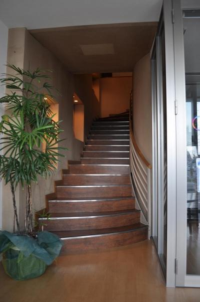 GALLERIA大町 (階段)