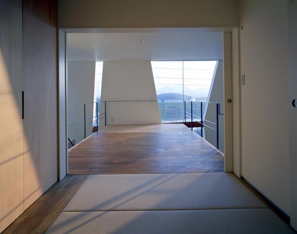 階段の家 (寝室)