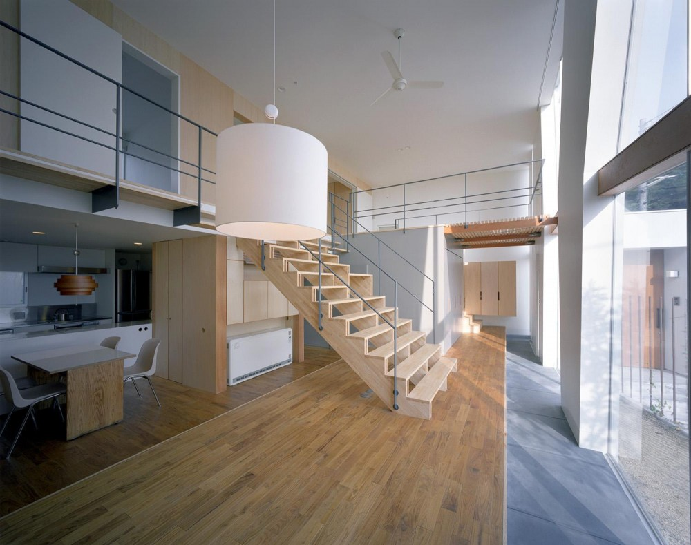 原浩二「階段の家」