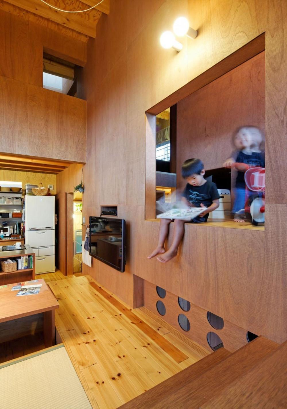 建築家:原浩二「スキップフロアの家」