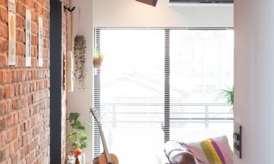 TOP UP!—たくさんの趣味を盛り込んだ機能的なお部屋 (廊下)
