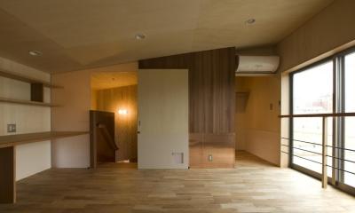 角柱のない家 (寝室)