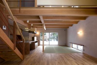 六角形の家 (フリースペース~LDK)