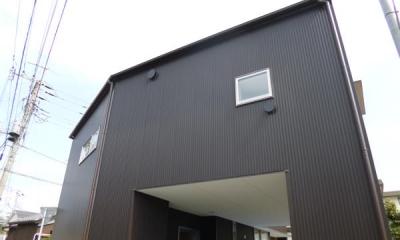 市川市Kさんの家新築工事 (ダークブラウンのガルバリウムの外壁)