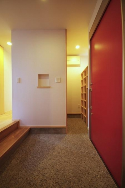 玄関とシューズクローゼット (市川市Kさんの家新築工事)