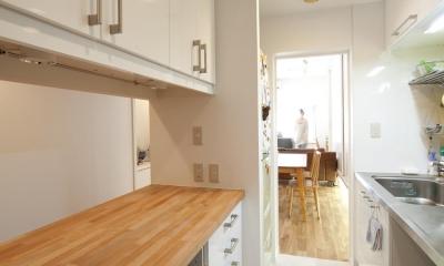 キッチン収納|S邸・シンプルで木の温もりを感じるお家