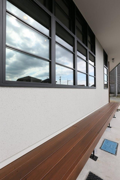 W's residence (外観(スチールサッシ))