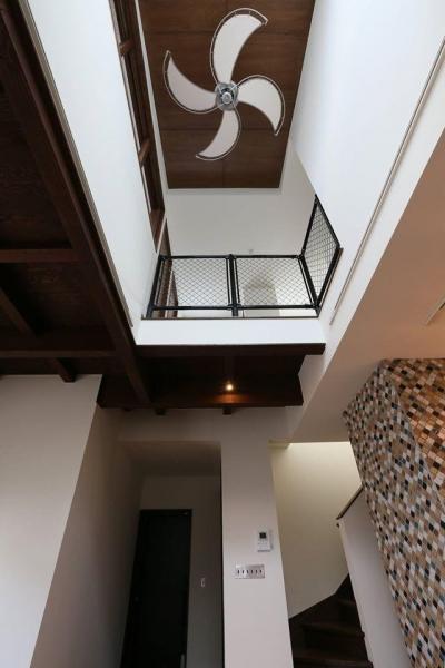 吹抜 (W's residence)