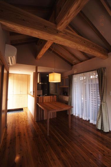 小さな住処の部屋 居間の空間