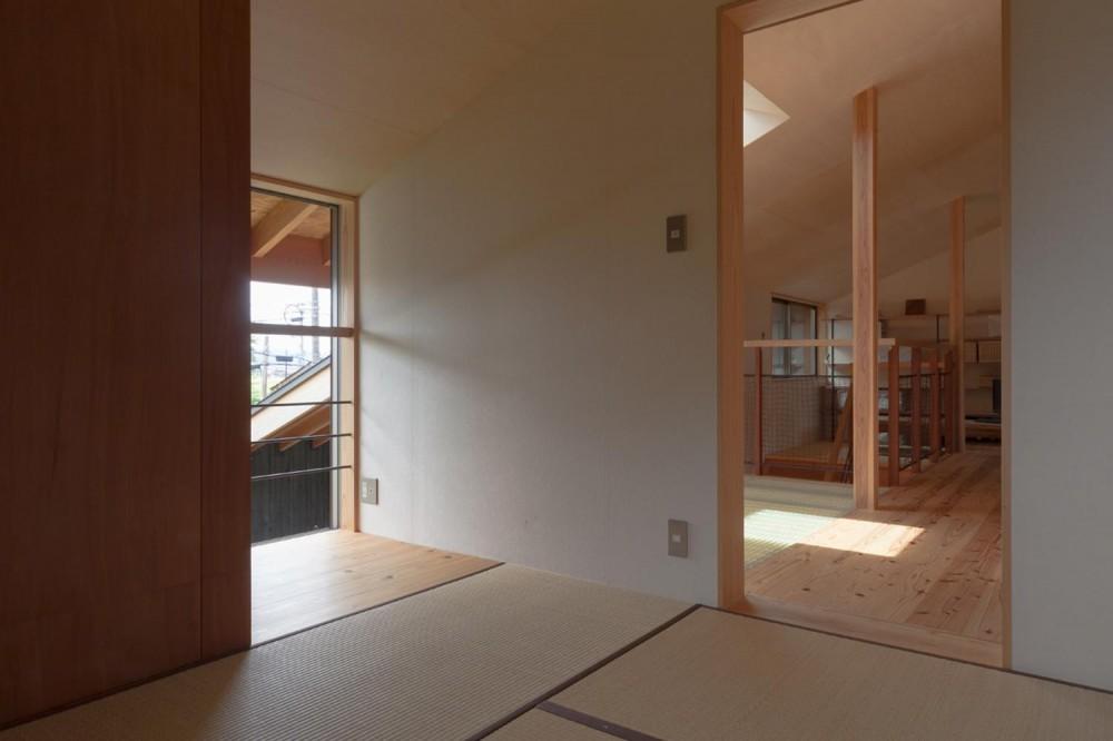 段々畑の家 (寝室)