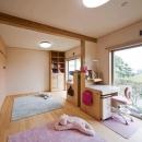 「つし」のある家の写真 子供部屋