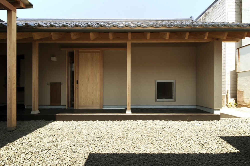 Re‐町家 (玄関)