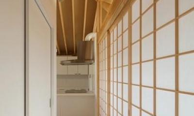 萱方の住宅 (廊下)