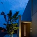 Nさんの住家の写真 玄関ポーチ (夕景)