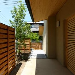 Kさんの住家 (玄関)