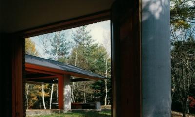 軽井沢の家1 (子供室から居間を見る)