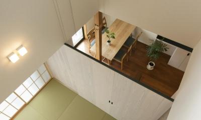 湖陵町の家 (2階から見下ろす)