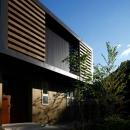 目神山の住家の写真 黒を基調とした外観