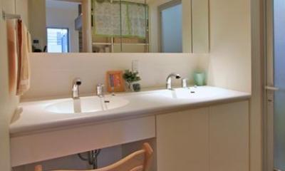 ダブルボウルの洗面エリア|チャイルドサポターの憩いの家