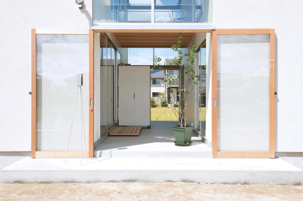 土間のある家 (玄関)