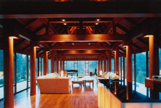 建築家:妹尾正治「タイハウス」