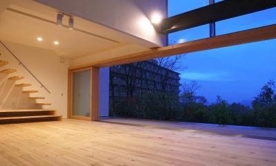 爽やかな風が通り抜ける家|9mの大開口の家