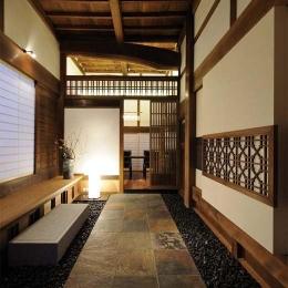 奈良宝来の家 (土間玄関)