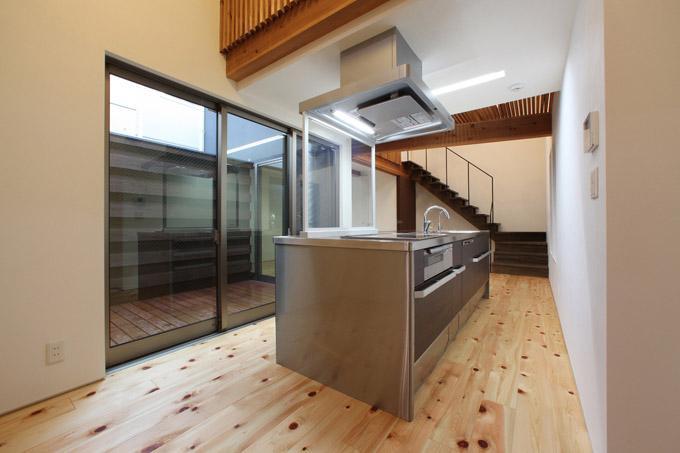 キッチン事例:アイランドキッチン(内記の家 其の二)