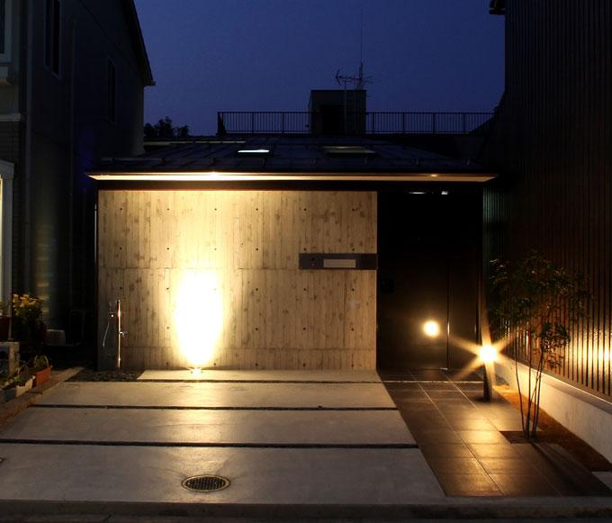 内記の家 其の二の部屋 外観 (夜景)