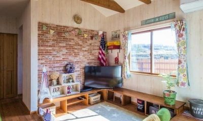 リビング|木のぬくもりを感じる、アメリカンカントリーの家