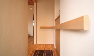 9坪とロフトのおうち (玄関)