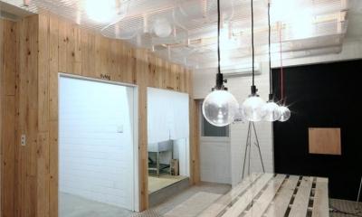 Barrack modern (室内 家具)