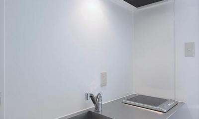 白いアパートメント (キッチン)