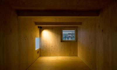 ロフト|白箱の家