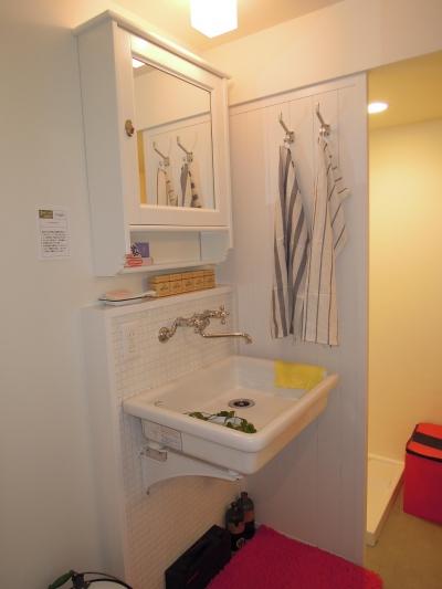 洗面化粧台 (もうひとつのホテル住まい MOTEL Life)