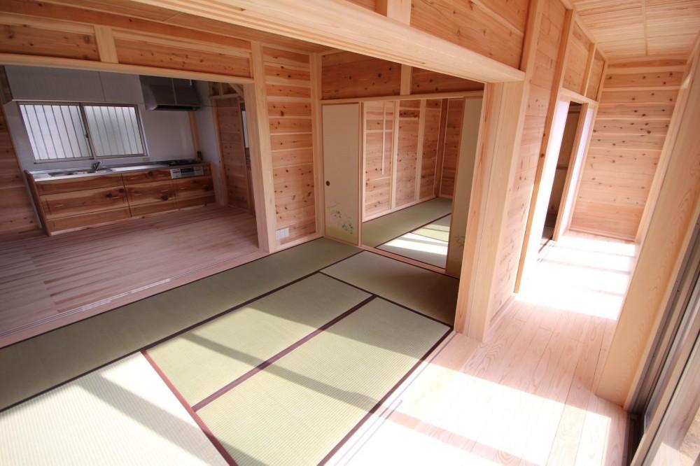 薪ストーブがある家 (二間続きの和室)