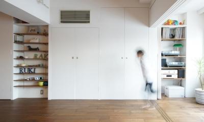 linoー時間で仕切る、家族の広々ワンルーム (壁収納)