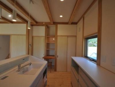 久万高原の家2014 (木を感じるキッチン)