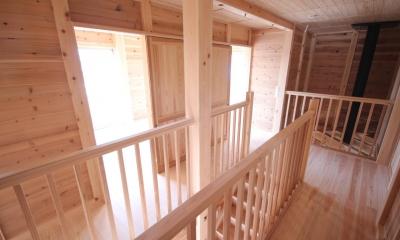 薪ストーブがある家 (階段上ホール)