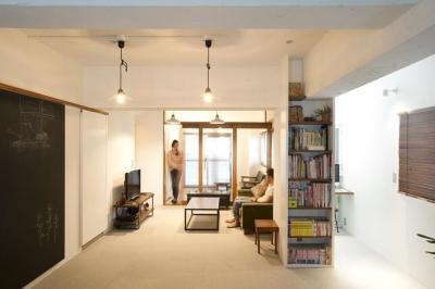 kemikaー60年代アメリカ映画のオフィスのような部屋 (リビング)