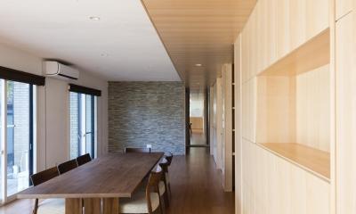 HOUSE I / LEDが広がる家 (キッチンから寝室)