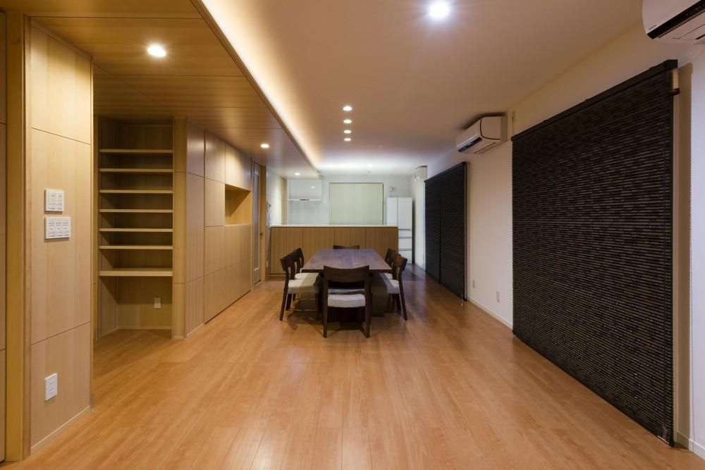 HOUSE I / LEDが広がる家 (LDK(夜))