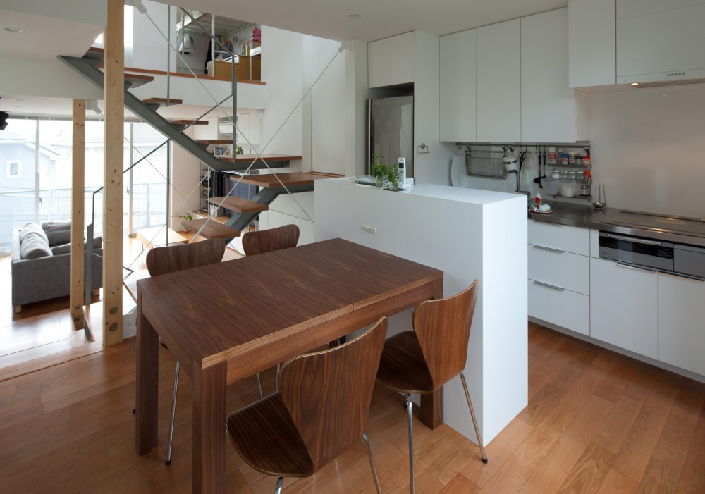 小さくて広い家 (キッチン)