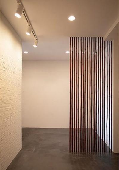 玄関 (すぎむらー和食器から広がったシンプルな和モダン)