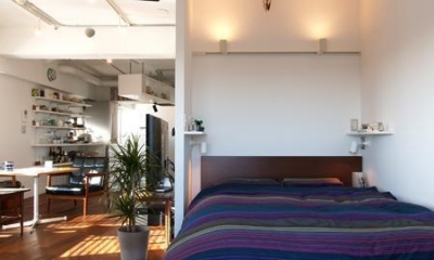 Y—55㎡の空間に斜めの工夫 (ベッドルーム)