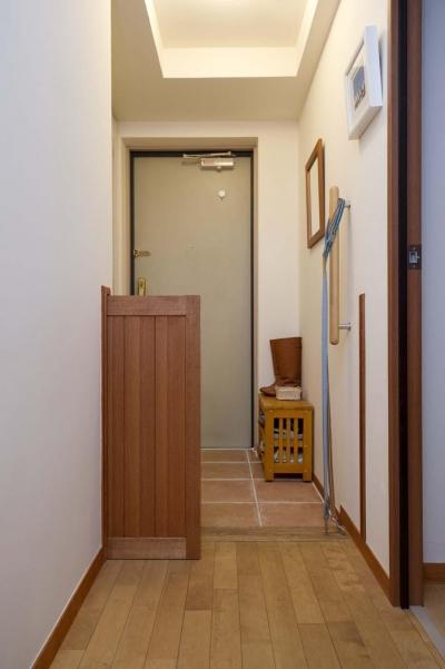 玄関のペットドア (人もペットも快適なお家)