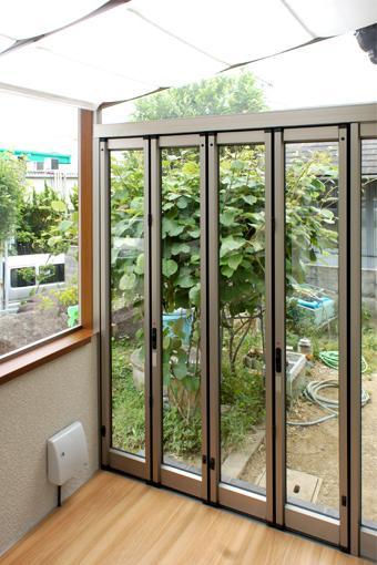川西市 A邸の写真 室内と外をつなぐテラス