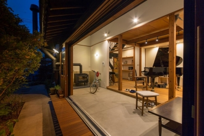 土間 (House Ookimati)