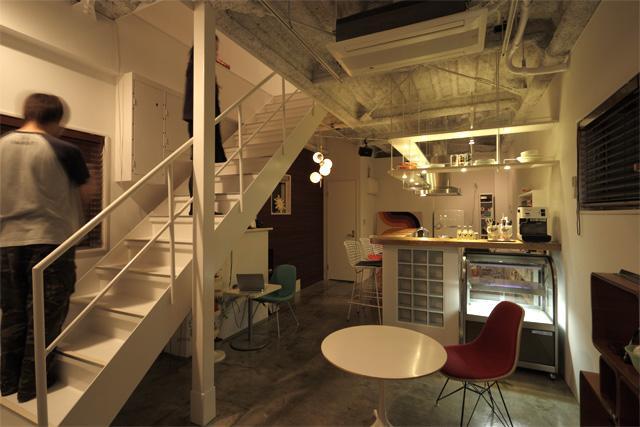 夢をたくさん詰め込んだカフェスタイルハウスの部屋 1Fカフェ